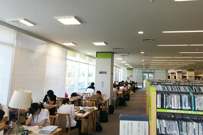 さいたま市立中央図書館