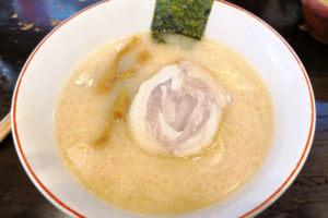 北浦和の名店「百歩ラーメン」長く愛される絶品のとんこつラーメン