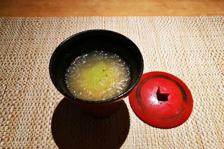 魚菜 基の椀物 冬瓜と真丈のすり流し