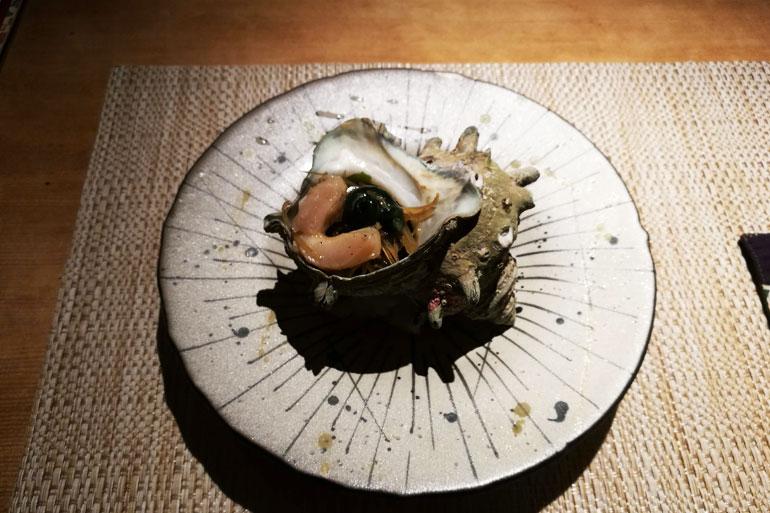 魚菜 基 サザエのバター焼き らっきょうたまり漬
