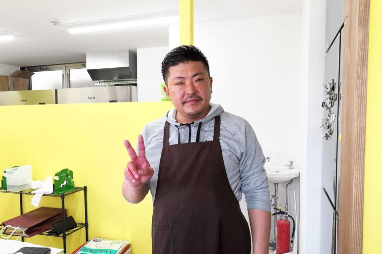 ローストチキンコオロギ浦和店 興梠慎三選手の兄で社長