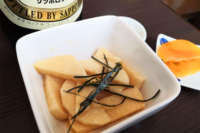 浦和 手打ちうどん まつ奈 長芋の醤油漬けと瓶ビール