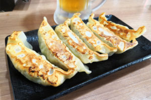 北浦和 横浜家系ラーメン真面目 焼き餃子
