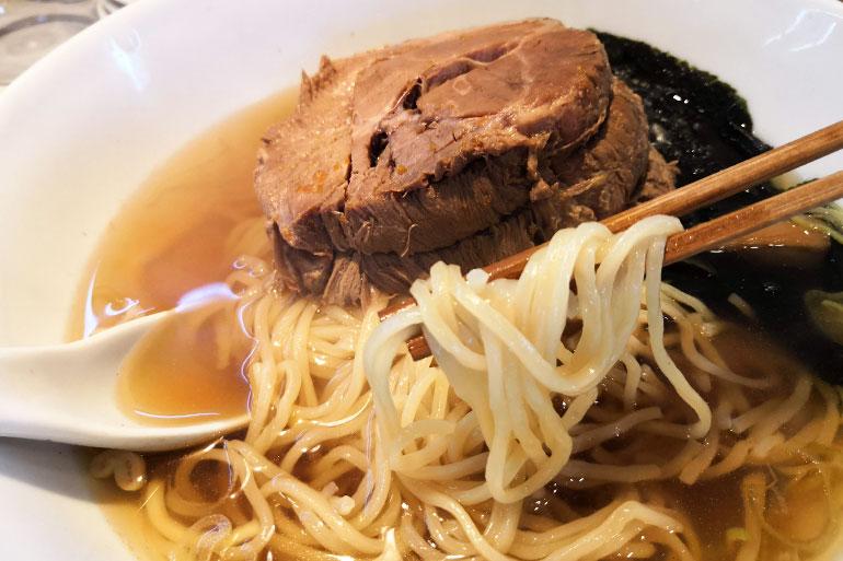 南浦和 興兵衛(こうべえ)一枚ちゃーしゅうめん 麺