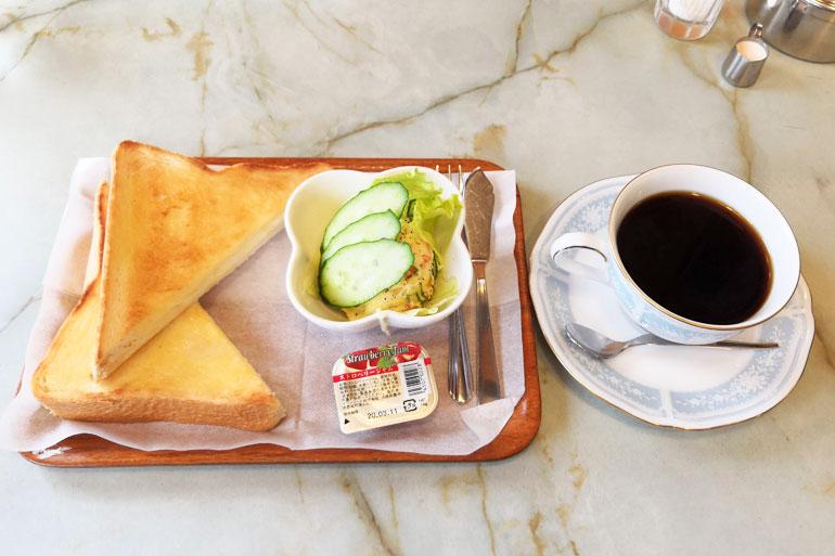 浦和 恵比寿屋喫茶店 トーストポテトサラダモーニング