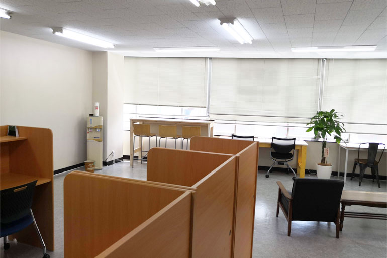 北浦和 自習室・コワーキングスペース「StudyRoom223」