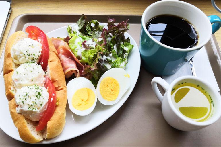 浦和 OkiOki cafe 昔ながらのポテサラサンドセット