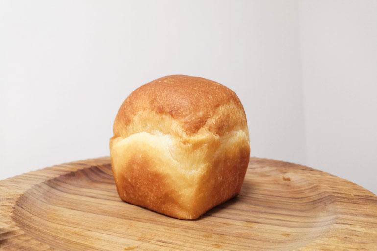浦和駅近くのパン屋 KU~NERUbakery(クーネルベーカリー)クリームパン