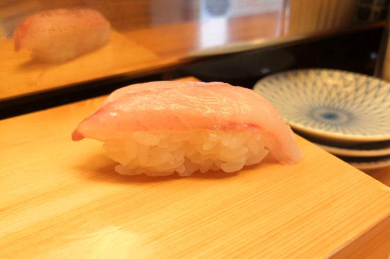 浦和 寿司リベルテ ウシガシラ
