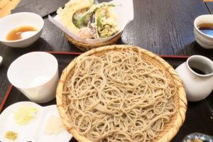 東浦和の隠れ家的なお店「手打ち蕎麦 文平」こだわりの蕎麦と野菜天ぷらがウマい