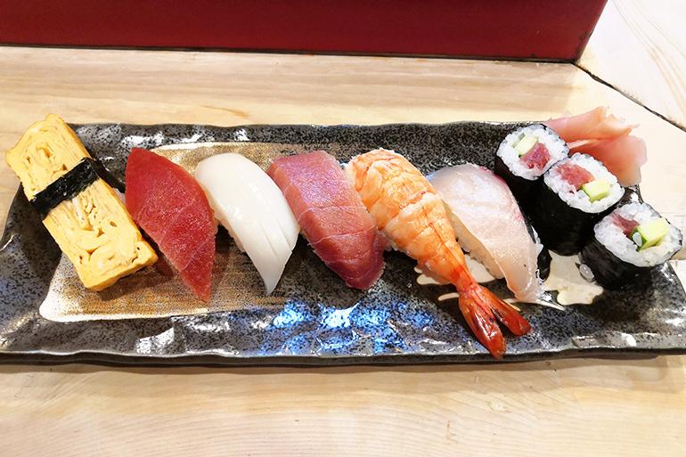 冨士寿司ランチにぎり