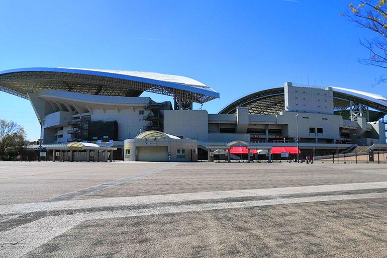 埼玉スタジアムで桜が咲いている場所