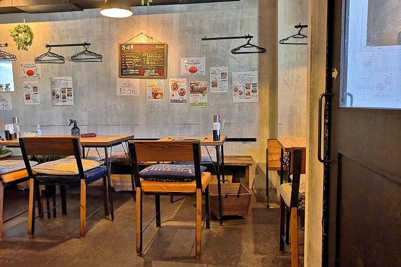 087cafe(オハナカフェ) 店内