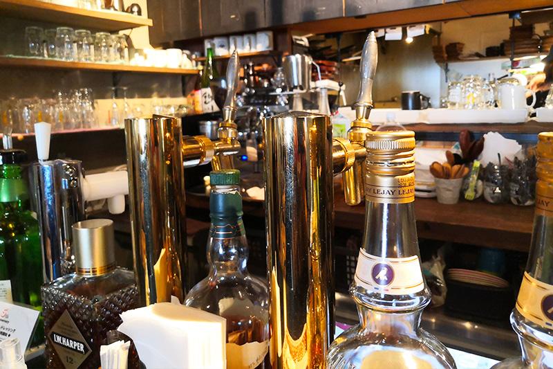 087cafe(オハナカフェ)店内