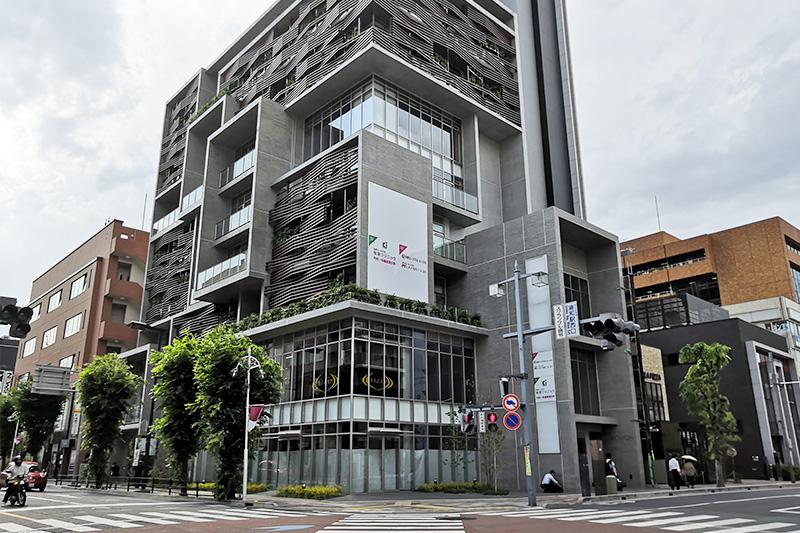 コナカ 浦和本店の跡地ビルKOMONに「RIZAP」が入るようです