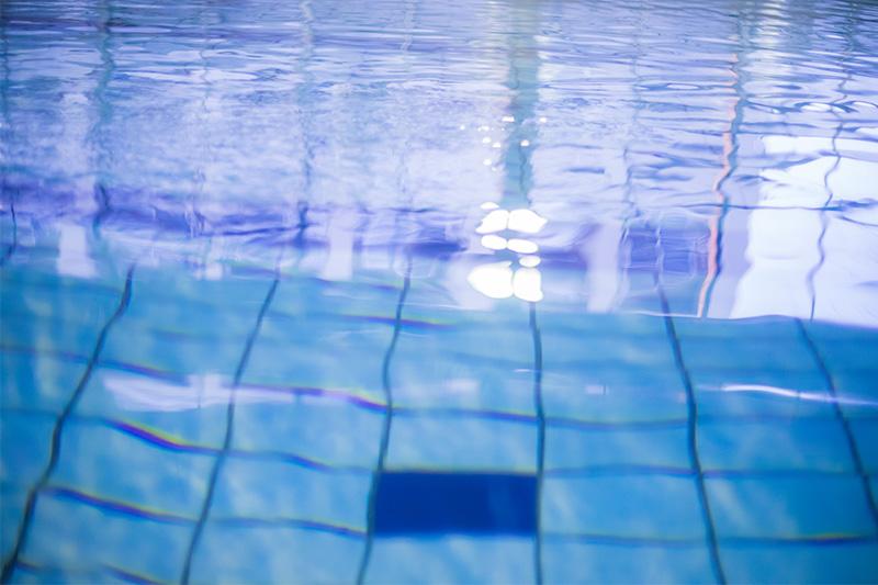 沼影屋内プールが営業再開 2020年の夏季屋外プールは営業中止