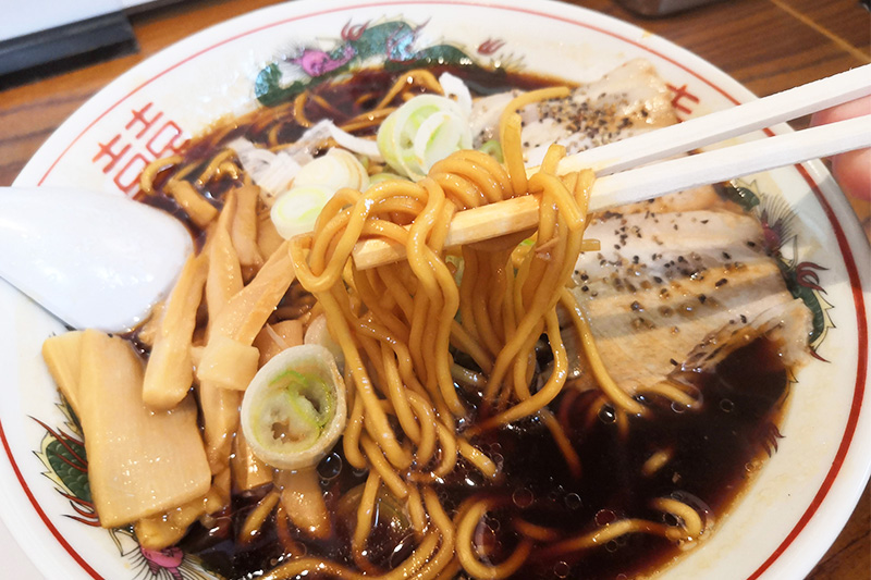 中華そばのストレート麺