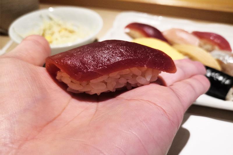 すし小粋の赤身のお寿司