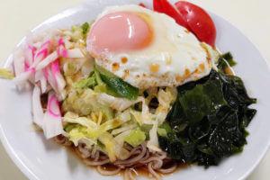 ぎんねこ|浦和で昭和から続くお蕎麦屋さんで名物冷やし月見そば