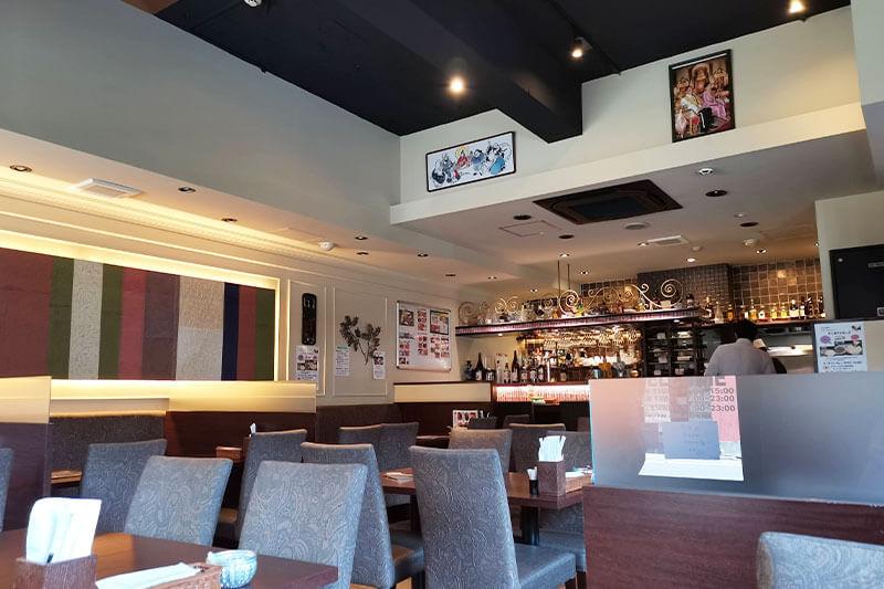 アジアンレストラン&バー HALKA(ハルカ)内観