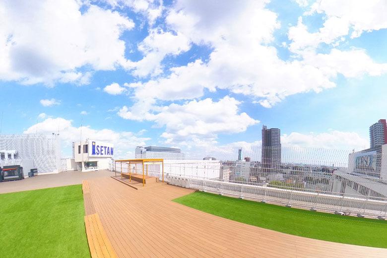 浦和伊勢丹の屋上で都市型アウトドアスペース「デパそらURAWA」をオープンします