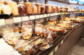 南浦和の人気パン屋「ブーランジェベーグ」店内カフェスペースには電源・WiFiあり